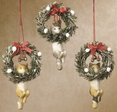 Cat in Wreath Christmas Ornament (Set of 3)