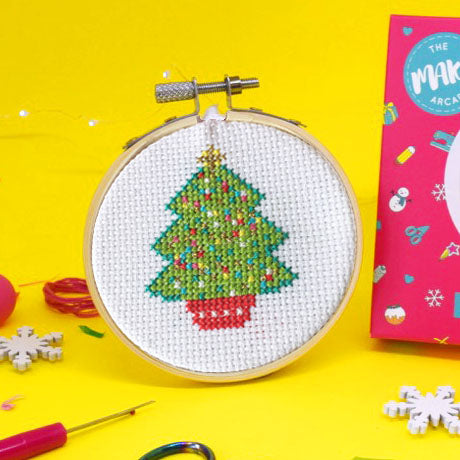 'Oh! Christmas Tree' Mini Cross Stitch Kit