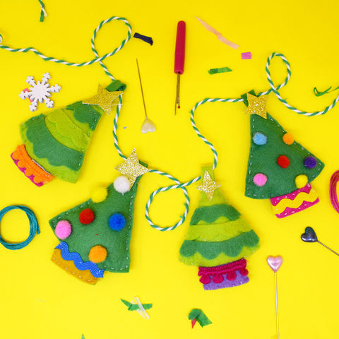 'Festive Forest' Garland Craft Kit