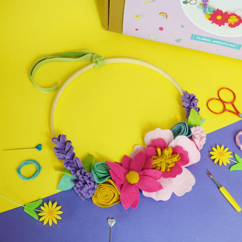 SPRING WREATH FELT CRAFT KIT