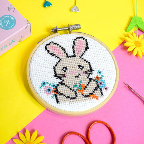 'EASTER BUNNY' MINI CROSS STITCH KIT