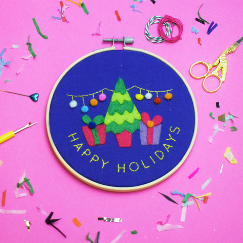 HAPPY HOLIDAYS DELUXE EMBROIDERY KIT
