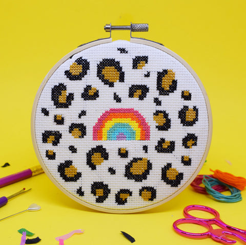'LEOPARD RAINBOW' CROSS STITCH KIT