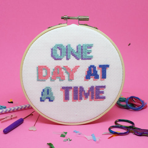 'ONE DAY AT A TIME' CROSS STITCH KIT