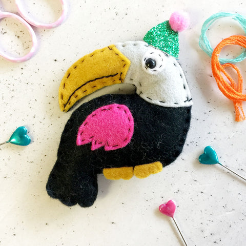 'Party Toucan' Felt Sewing Kit