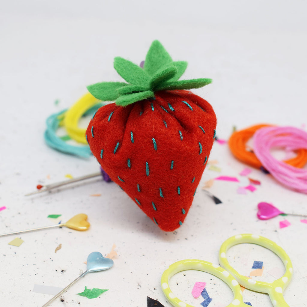 'Juicy Strawberry' Felt Sewing Kit