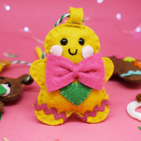 'Cute Gingerbread' Mini Decoration Sewing Kit