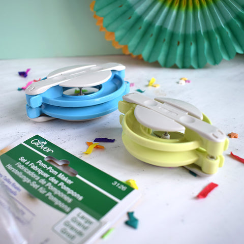 Pom Pom makers
