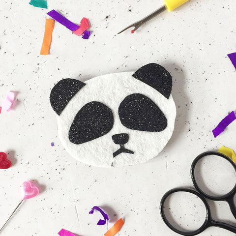 Panda Badge Making Kit