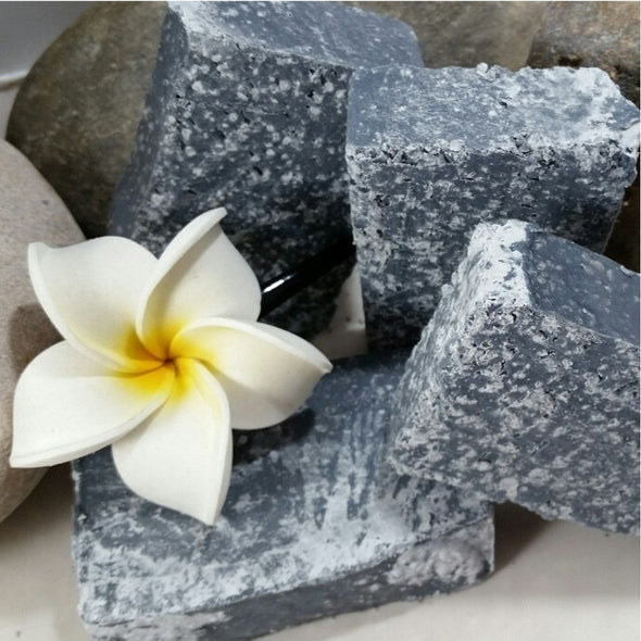 Ohana Soaps' all-natural 100% vegan active charcoal soap is surprisingly rich, luxurious and fresh-smelling with soothing lavender and healing tea tree essential oils.