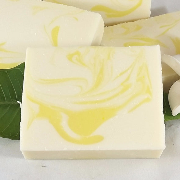 Ohana Soaps Chamomile Soap's clean, aromatic chamomile flower scent carries hints of fresh green herbs, whisking you away on a warm summer's day. This gorgeous soap not only smells heavenly, it's packed with 5 nourishing oils and shea butter to moisturize, nourish, and refresh your skin. Our generous soap bars produce lots of full bubbly lather that leaves you feeling soft, clean and smelling good.
