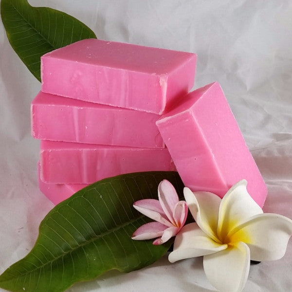 Ohana Soaps Hawaiian Plumeria Soap nourishes your mind and body with its tropics-inspired floral fragrance of alluring plumeria blossoms mingled with a hint of ripe melon.  You'll love how the fresh, sweet island plumeria scent stays with you without being overpowering. Your friends will comment throughout the day on how good you smell. This soap is not just another pretty face. It packs a serious moisturizing punch with its special blend of oils and shea butter, perfect for daily use.