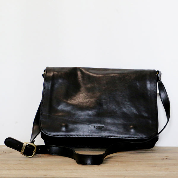 Leather Messenger Bag in Black
