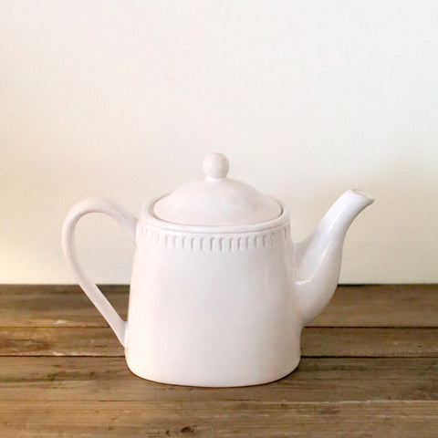 Sumner Tea Pot