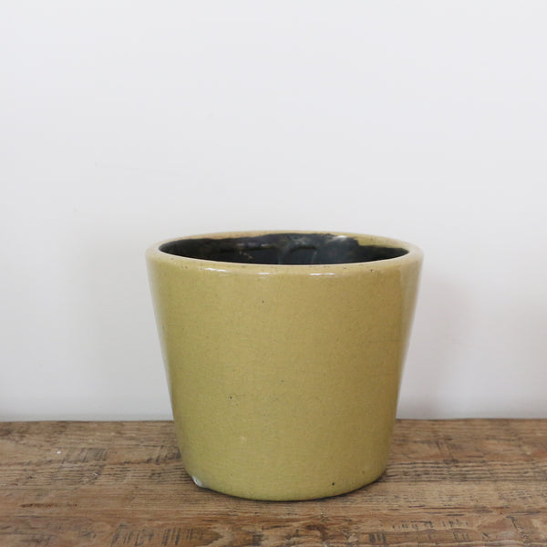 Medium Planter in Terra Green