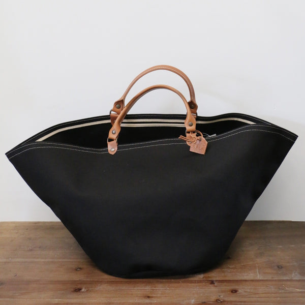 French Leather Zanzibar Tote Bag in Noir