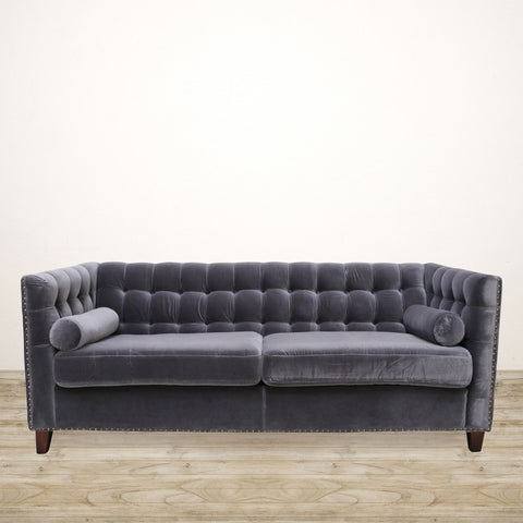 Manhattan Chesterfield Couch in Velvet