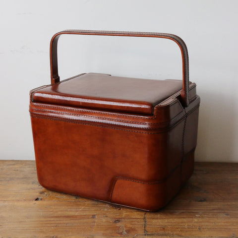Leather Picnic Case with Handle in Dark Walnut