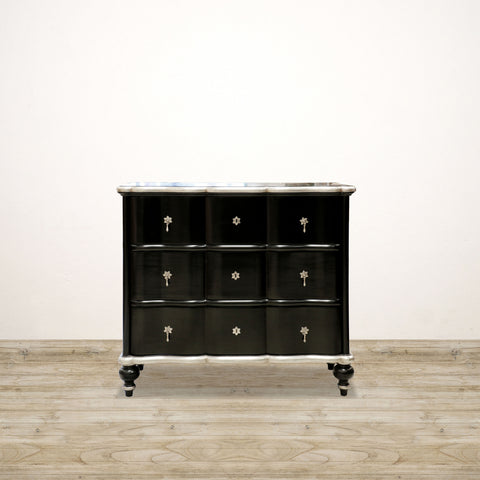 Ripple Front Chest of Drawers in Black and Silver