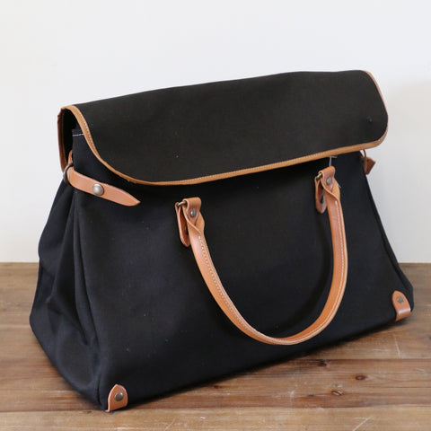 French Leather Manhattan bag in Noir