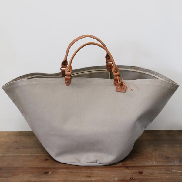 French Leather Zanzibar Tote Bag in Taupe