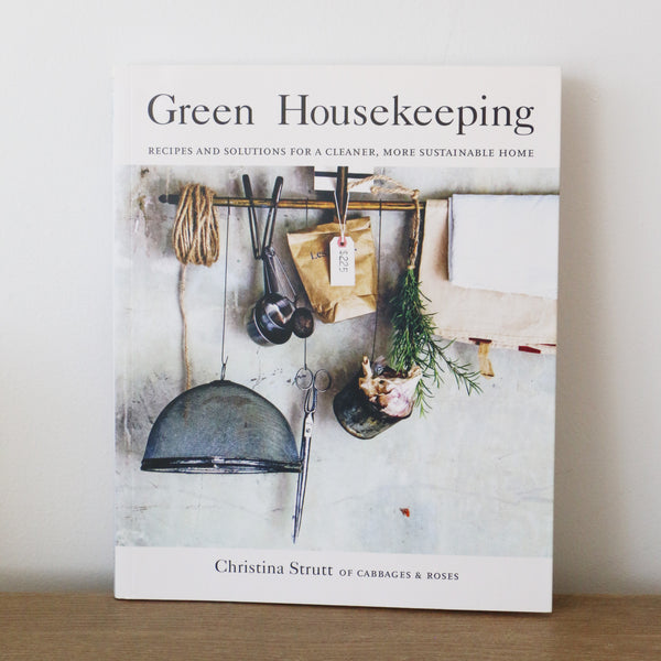 Green Housekeeping - Christina Strutt