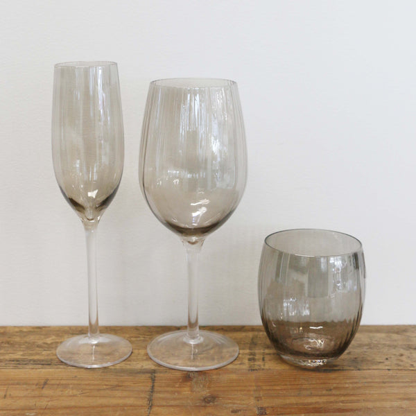Fumee Grey Wine Glass