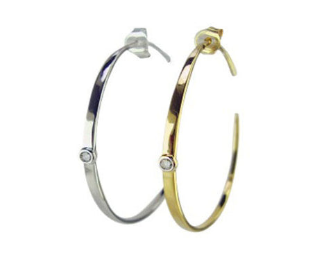 E3062 earring hoop with one center cz stone