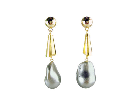 e6765 earring cone and freshwater pearl