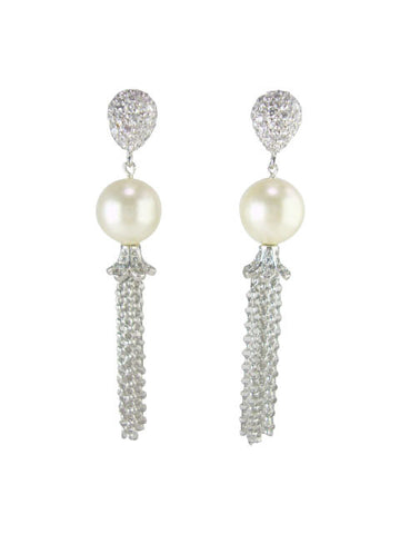 E6840-2 earring oxidized silver and faux pearl