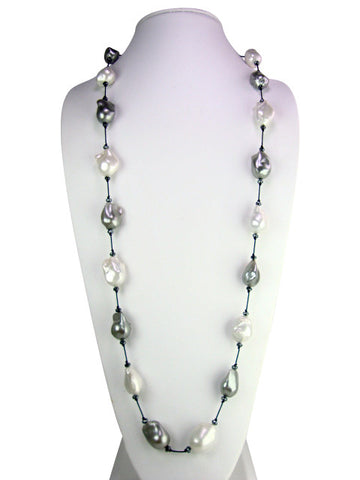 n4623 necklace silk and freshwater baroque pearls