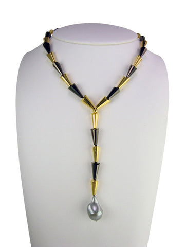 n4667 necklace gold anf black cones