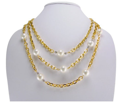 n4982 neclace triple strand and faux pearls