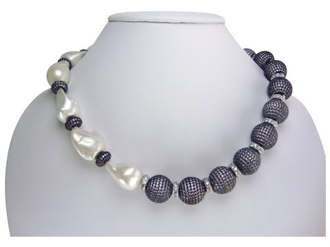 n5004 necklace baroque pearls and pave' balls