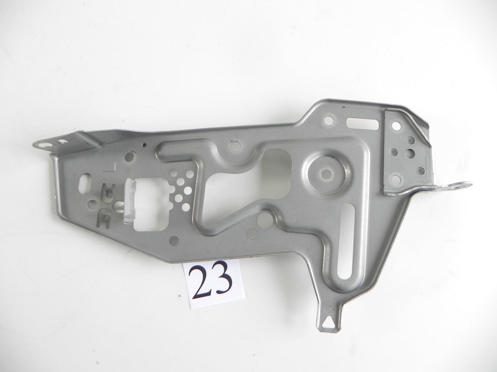 2007 LEXUS IS250 IS350 CENTER CONSOLE NAV BRACKET LINK LEFT SIDE OEM 345 #23 A