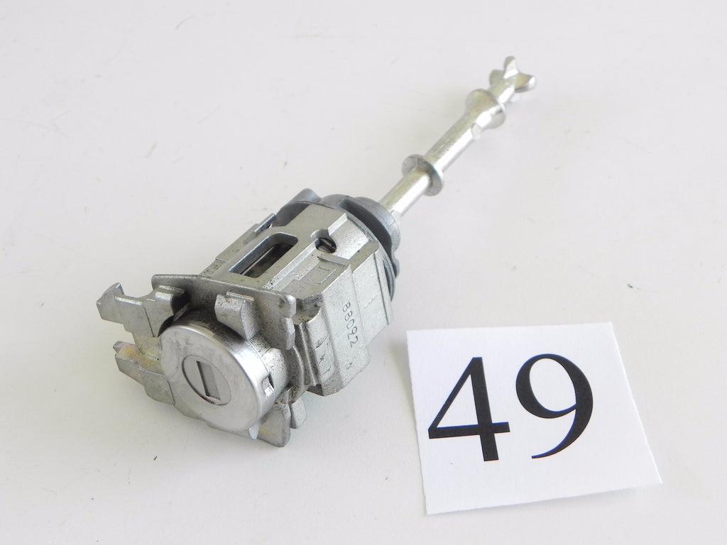 2013 LEXUS IS250 DOOR LOCK FRONT LEFT DRIVER SIDE 69052-50150 OEM 298 #49 A