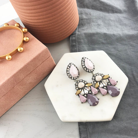 GIGI EARRING - DUSTY MAUVE