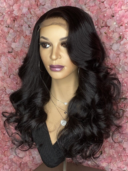 TreBella Cambodian Loose Wave Closure unit, 18in