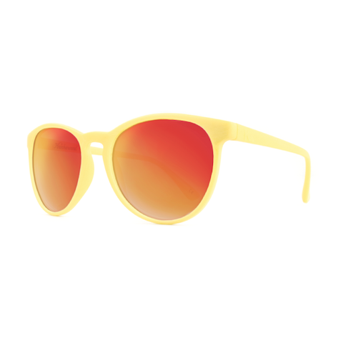 lenoor crown knockaround mai tais sunglasses creme red sunset