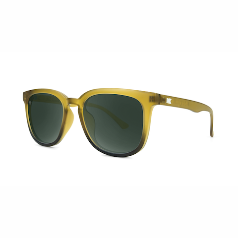 lenoor crown knockaround paso robles sunglasses frosted amber fade aviator green