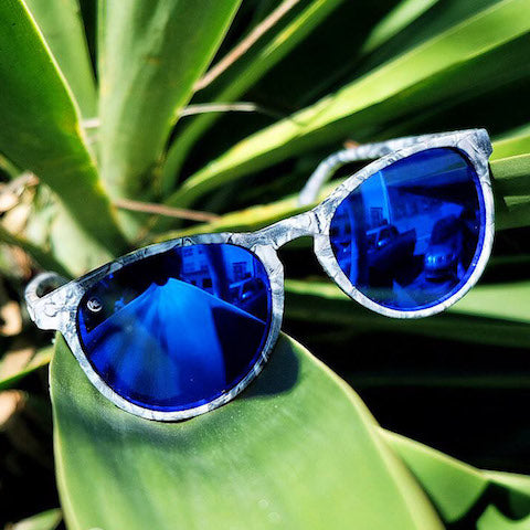 lenoor crown knockaround mai tais sunglasses blue marble moonshine