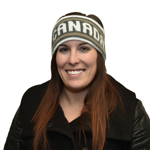 Woman wearing Icelandic Look Canada Headband