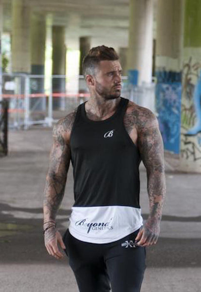 Beyond Genetics PRO FIT SCRIPT BLACK AND WHITE LIFESTYLE STRINGER VEST