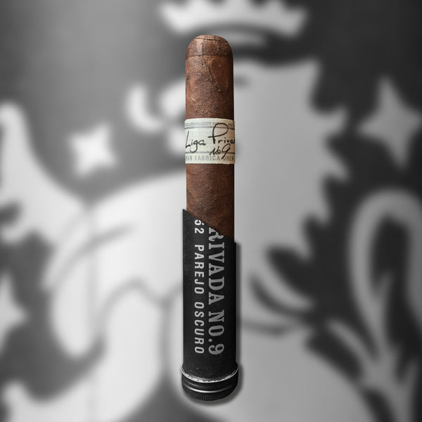 Liga Privada No. 9 Tubo Toro (6 x 52) Cigar by Drew Estate