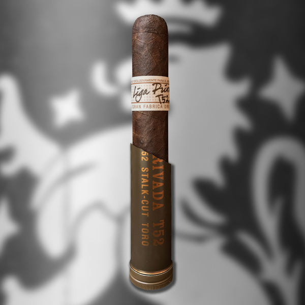 Liga Privada T52 Tubo Toro (6 x 52) Cigar by Drew Estate