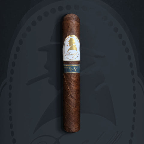 2019 Winston Churchill Limited Edition Robusto (5 x 50) Cigar by Davidoff Cigars