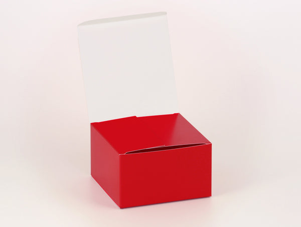 Personalised gift boxes, personalized favor boxes, custom gift boxes, square – Cherry Red & White