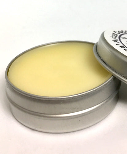 organic vanilla coconut lip balm protects lips in summer and winter. By AvivaPure