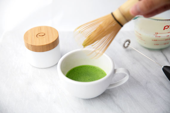 How to make matcha latte step 2