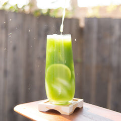 Iced matcha tea with lime and mint Encha organic matcha